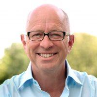 Seminaranbieter, Coach, Autor zum Thema Esoterik