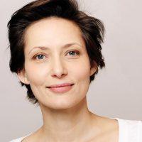 """Schauspielerin, Roman- und Sachbuch-Autorin """"The Work"""""""