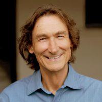 Bewusstseinslehrer, Ausbilder und Buchautor zu den Pionieren im Bereich von essenzieller Bewusstwerdung, Transformation und Selbstfindung