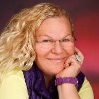 Expertin und Autorin zum Thema Räuchern