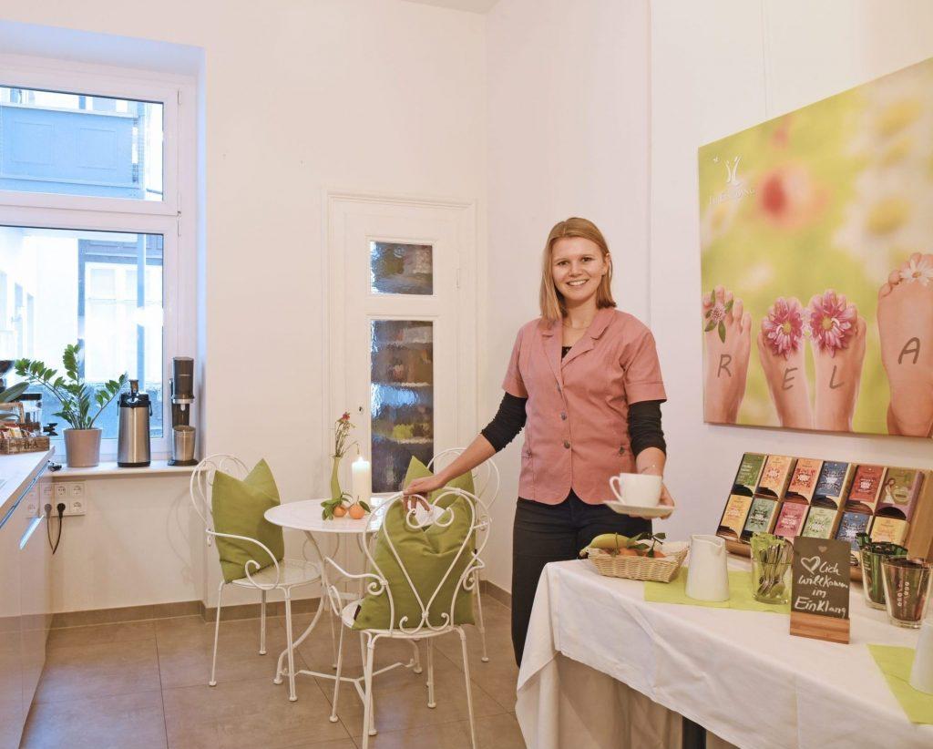 Cafe und Loungebereich Im Einklang